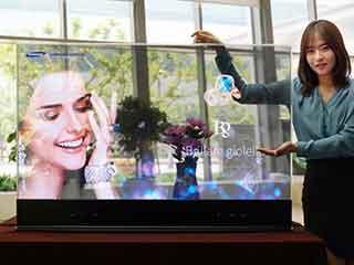 """Прозрачный 55"""" OLED дисплей фирмы Самсунг"""